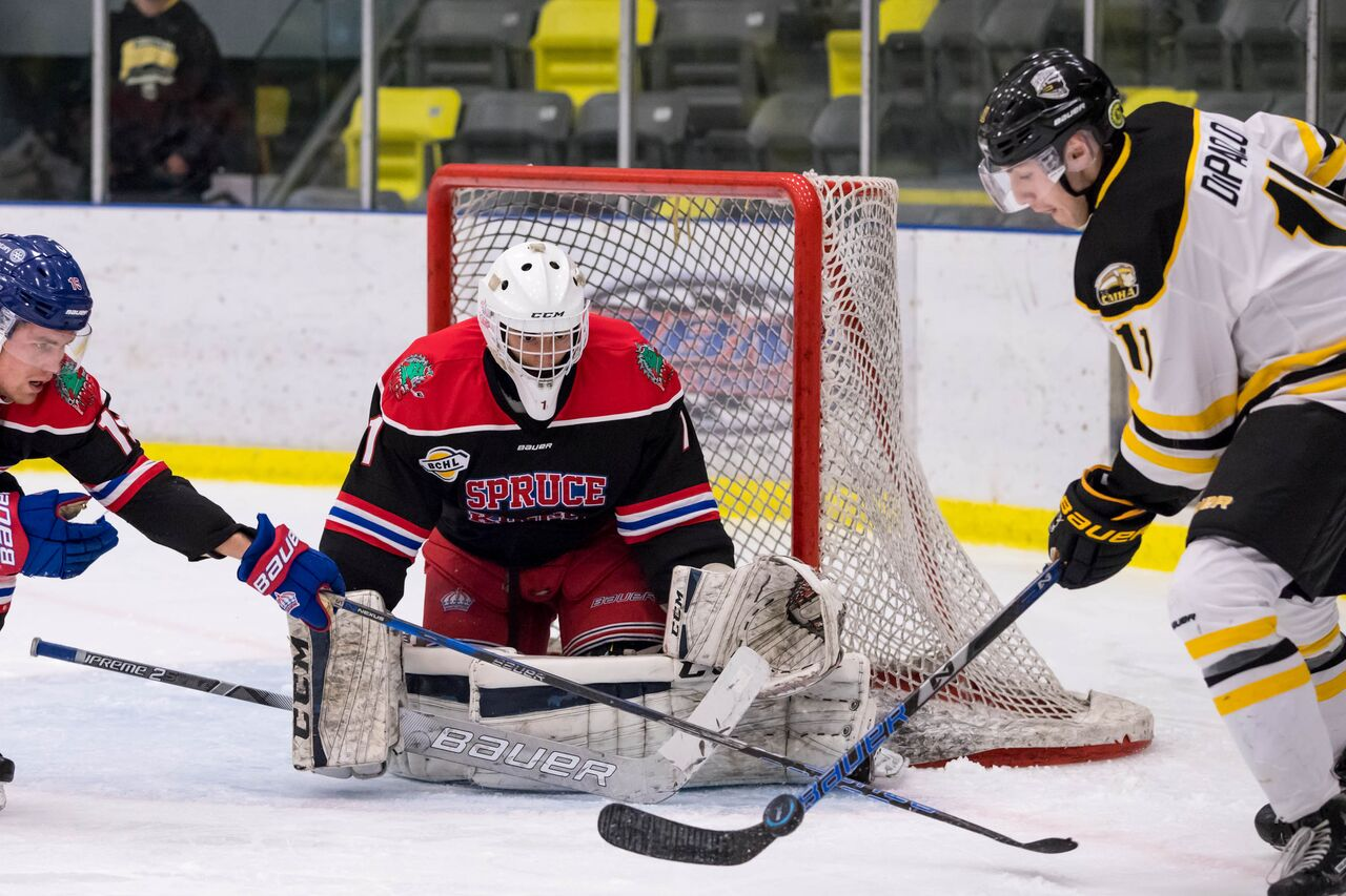 Spruce Kings dropped a 5-3 decision to the Coquitlam Express Sunday. Garrett James photo