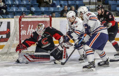 Gauthier shines, as Cougars snap losing streak