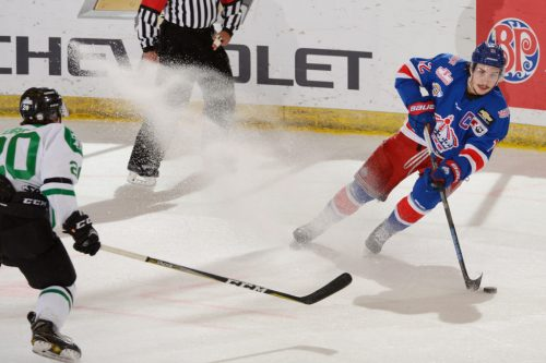 Spruce Kings roll over Terriers 5-1 to go 3-0 at national championships